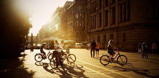 Un cuarto de los españoles usa la bicicleta cada semana