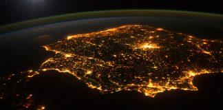 La noche desaparece por el aumento de la contaminación lumínica
