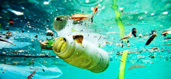 Gran Bretaña proclama la guerra a los plásticos