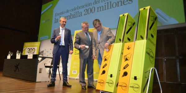 reciclaje bombilla 200 millones AMBILAMP 2